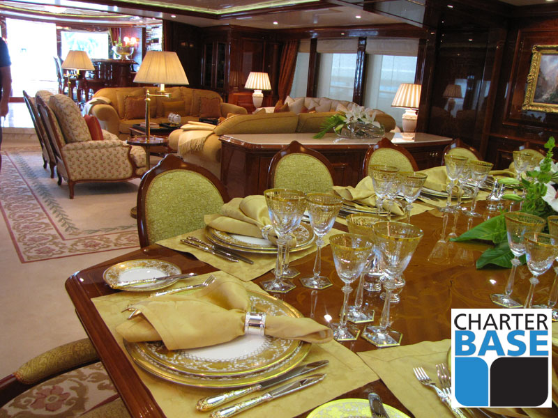 Xanadu Motor Yacht | St Martin | Luxury Yacht Charter