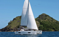 Catamaran Allende, St Thomas