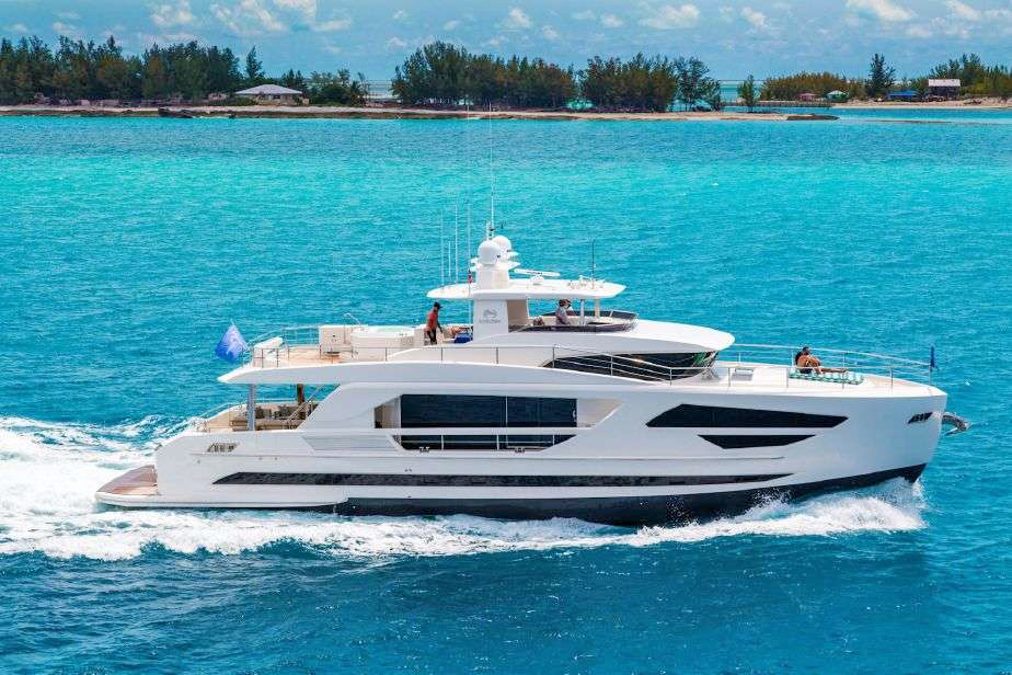 Angeleyes Crewed Power Yacht Charter