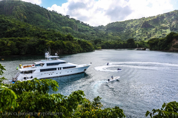 Arioso Crewed Power Yacht Charter