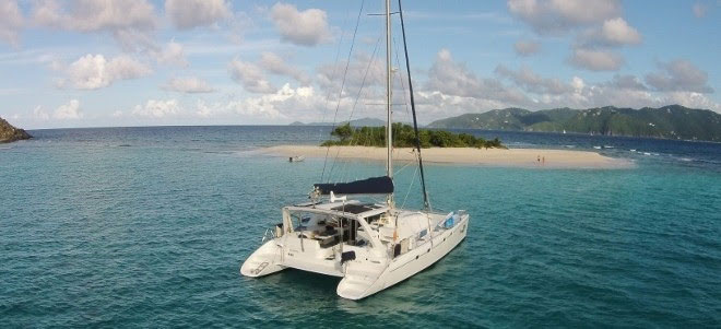 Dreaming On Crewed Yacht Charter