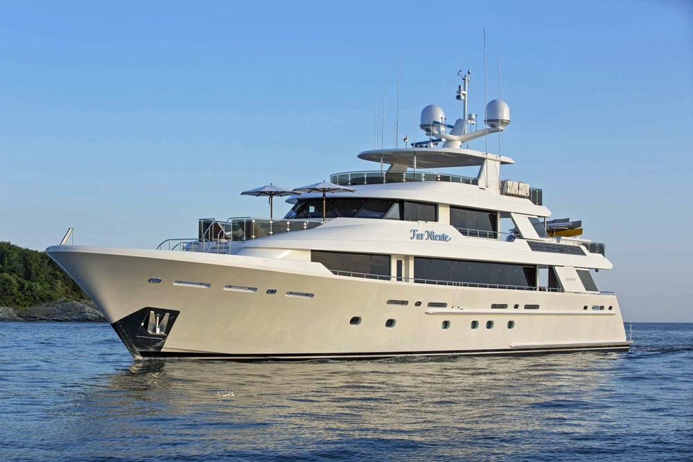 Far Niente Crewed Power Yacht Charter