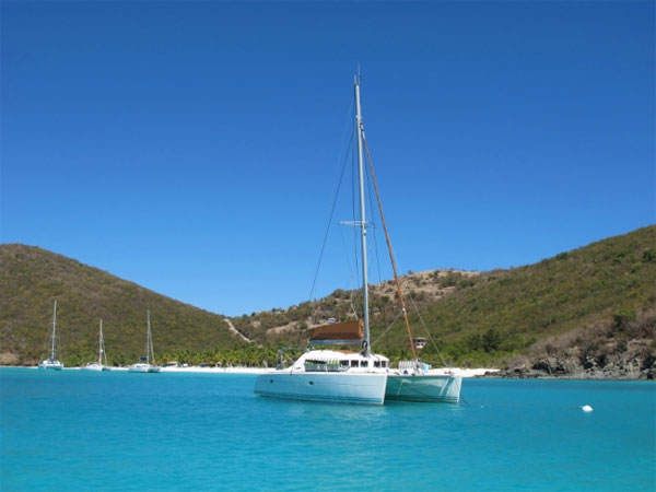 Mimbaw Crewed Catamaran Charter