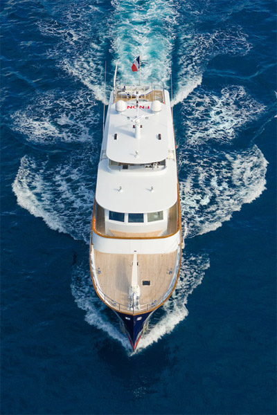 Paolyre Crewed Power Yacht Charter